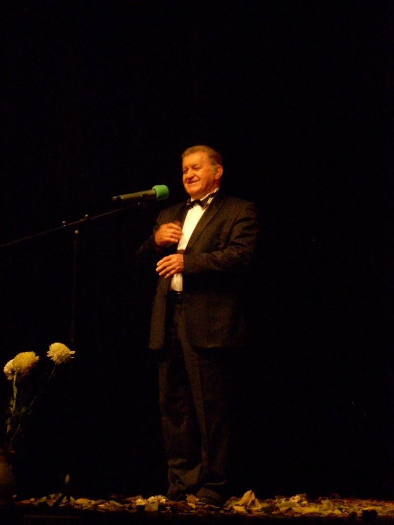 """Festivalul Internaţional de Poezie """"Grigore Vieru""""-Iasi si Chisinau- editia 2011  Festiv53"""
