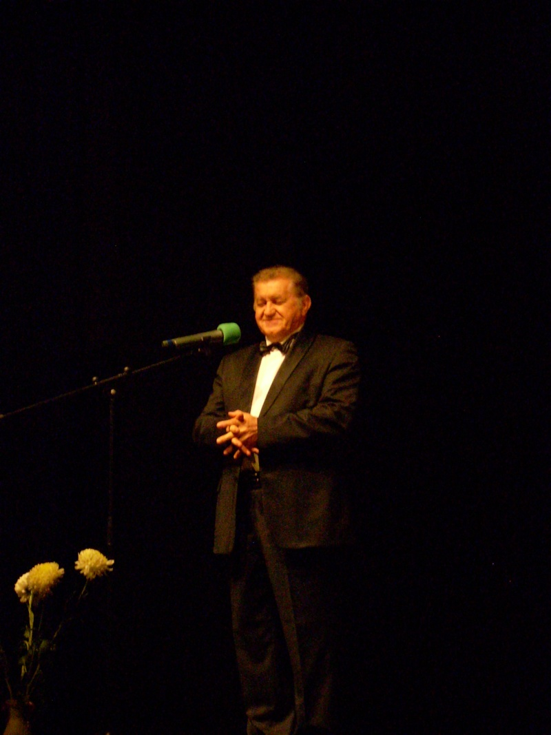 """Festivalul Internaţional de Poezie """"Grigore Vieru""""-Iasi si Chisinau- editia 2011  Festiv54"""
