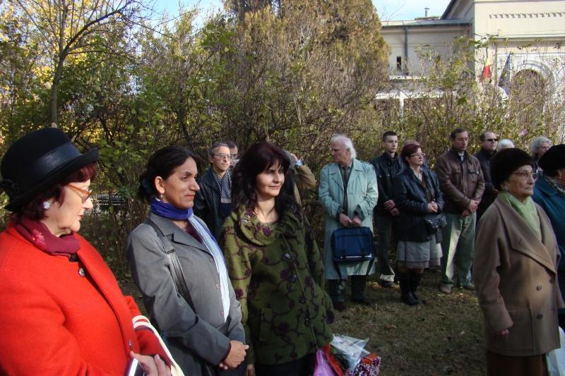 """FESTIVALUL CONCURS NAŢIONAL DE PROZĂ  """"MIHAIL SADOVEANU""""EDIŢIA a II-a, IAŞI, 4-6 noiembrie 2011 Festiv58"""