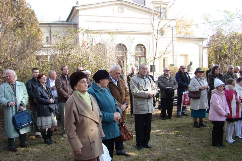 """FESTIVALUL CONCURS NAŢIONAL DE PROZĂ  """"MIHAIL SADOVEANU""""EDIŢIA a II-a, IAŞI, 4-6 noiembrie 2011 Festiv59"""