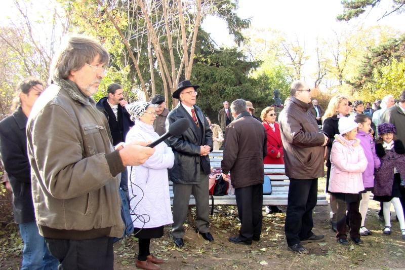 """FESTIVALUL CONCURS NAŢIONAL DE PROZĂ  """"MIHAIL SADOVEANU""""EDIŢIA a II-a, IAŞI, 4-6 noiembrie 2011 Festiv61"""