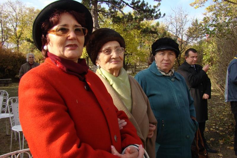 """FESTIVALUL CONCURS NAŢIONAL DE PROZĂ  """"MIHAIL SADOVEANU""""EDIŢIA a II-a, IAŞI, 4-6 noiembrie 2011 Festiv75"""