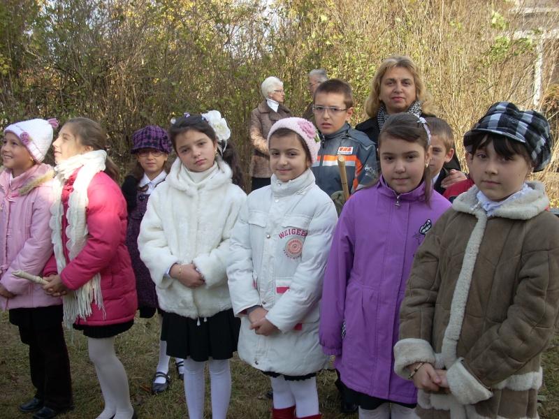 """FESTIVALUL CONCURS NAŢIONAL DE PROZĂ  """"MIHAIL SADOVEANU""""EDIŢIA a II-a, IAŞI, 4-6 noiembrie 2011 Festiv83"""