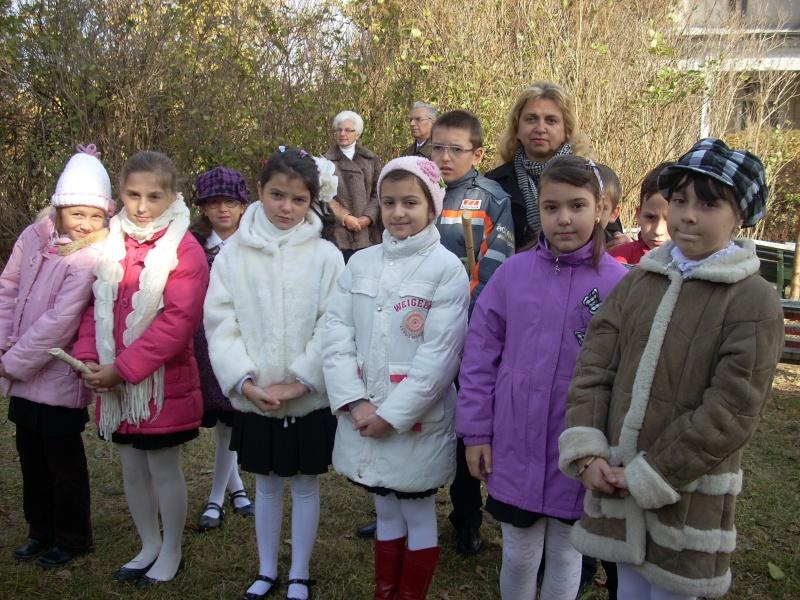 """FESTIVALUL CONCURS NAŢIONAL DE PROZĂ  """"MIHAIL SADOVEANU""""EDIŢIA a II-a, IAŞI, 4-6 noiembrie 2011 Festiv84"""
