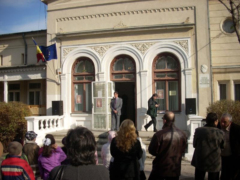 """FESTIVALUL CONCURS NAŢIONAL DE PROZĂ  """"MIHAIL SADOVEANU""""EDIŢIA a II-a, IAŞI, 4-6 noiembrie 2011 Festiv90"""