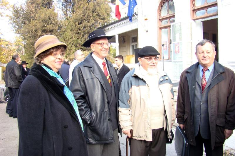 """FESTIVALUL CONCURS NAŢIONAL DE PROZĂ  """"MIHAIL SADOVEANU""""EDIŢIA a II-a, IAŞI, 4-6 noiembrie 2011 Festiv97"""