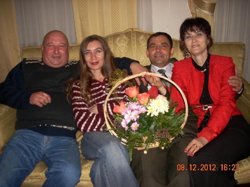 """Lansare """"Anonim pe ringul adolescenţei"""" de Liviu MIRON şi """"Reflecţii"""" de Vasilica Ilie-08 dec 2012 Floare17"""