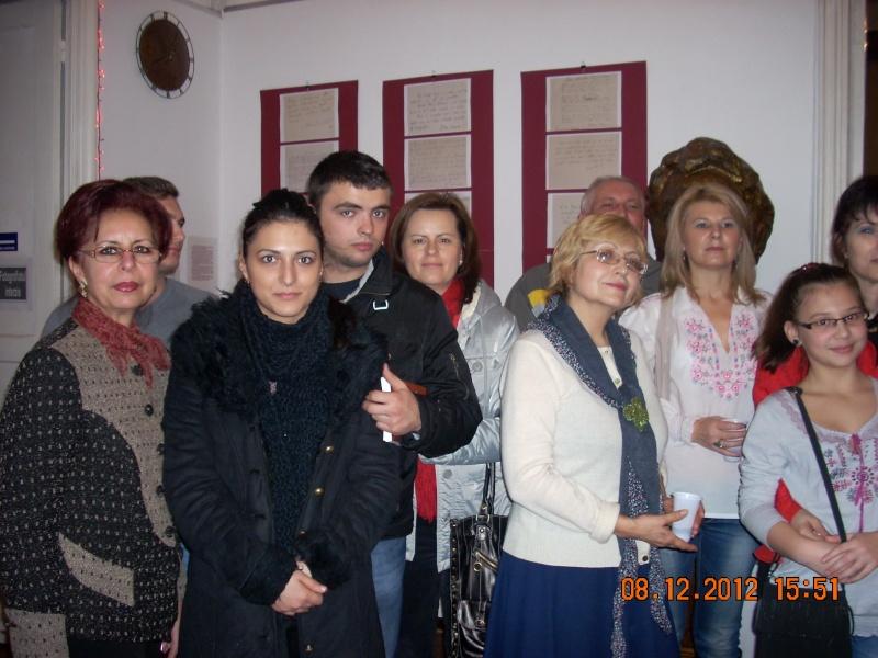 """Lansare """"Anonim pe ringul adolescenţei"""" de Liviu MIRON şi """"Reflecţii"""" de Vasilica Ilie-08 dec 2012 Floare23"""