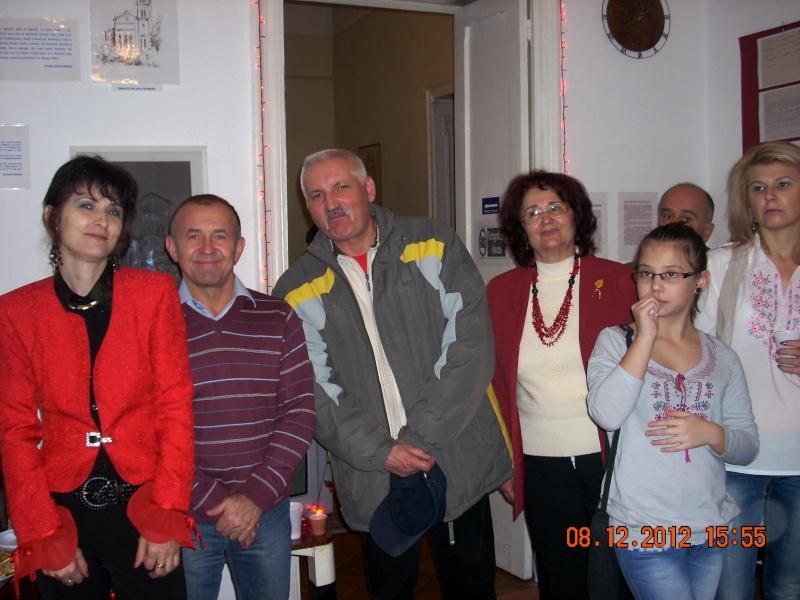 """Lansare """"Anonim pe ringul adolescenţei"""" de Liviu MIRON şi """"Reflecţii"""" de Vasilica Ilie-08 dec 2012 Floare26"""