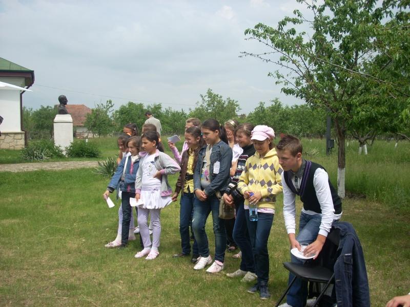 """""""Acasă la familia Negruzzi""""-20 mai 2012 Hermez31"""
