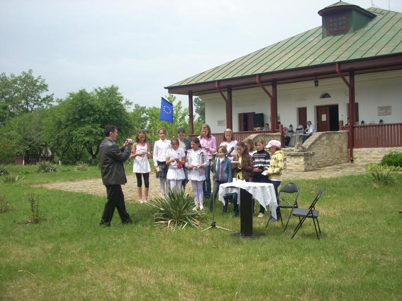"""""""Acasă la familia Negruzzi""""-20 mai 2012 Hermez34"""