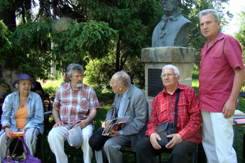 In memoriam-Alexandru Husar si Constantin Ciopraga Husar_25