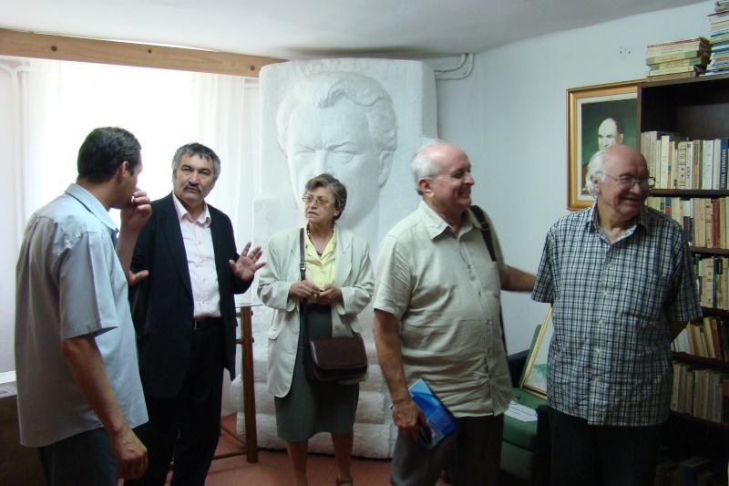 In memoriam-Alexandru Husar si Constantin Ciopraga Husar_62