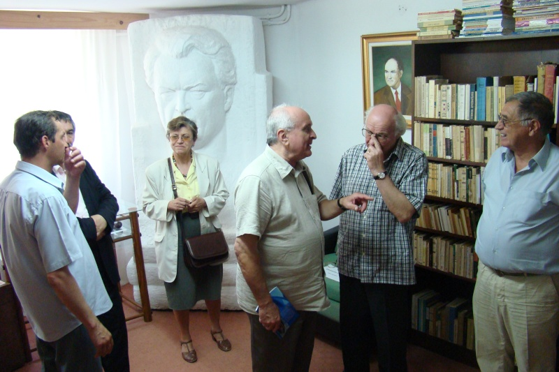 In memoriam-Alexandru Husar si Constantin Ciopraga Husar_64