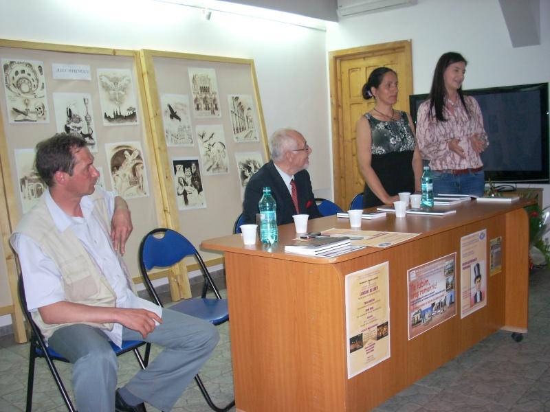 Lansare de cărţi - poezie gotică - Dorina NECULCE-11 mai 2012 Lansa100
