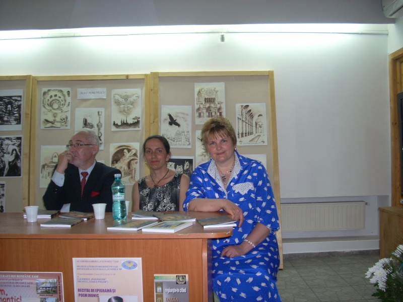 Lansare de cărţi - poezie gotică - Dorina NECULCE-11 mai 2012 Lansa101