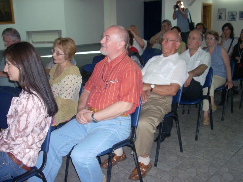 Lansare de cărţi - poezie gotică - Dorina NECULCE-11 mai 2012 Lansa104