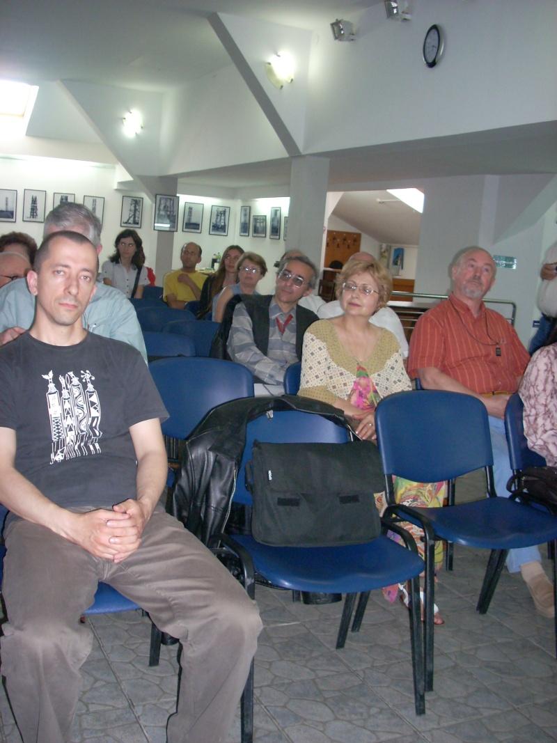 Lansare de cărţi - poezie gotică - Dorina NECULCE-11 mai 2012 Lansa107