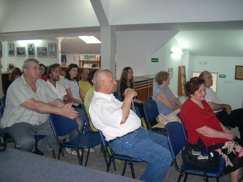 Lansare de cărţi - poezie gotică - Dorina NECULCE-11 mai 2012 Lansa109