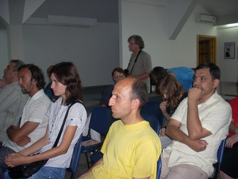 Lansare de cărţi - poezie gotică - Dorina NECULCE-11 mai 2012 Lansa111