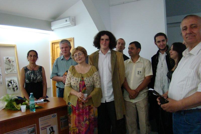 Lansare de cărţi - poezie gotică - Dorina NECULCE-11 mai 2012 Lansa119