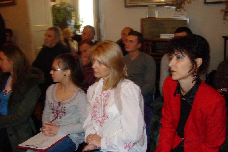 """Lansare """"Anonim pe ringul adolescenţei"""" de Liviu MIRON şi """"Reflecţii"""" de Vasilica Ilie-08 dec 2012 Lansa135"""