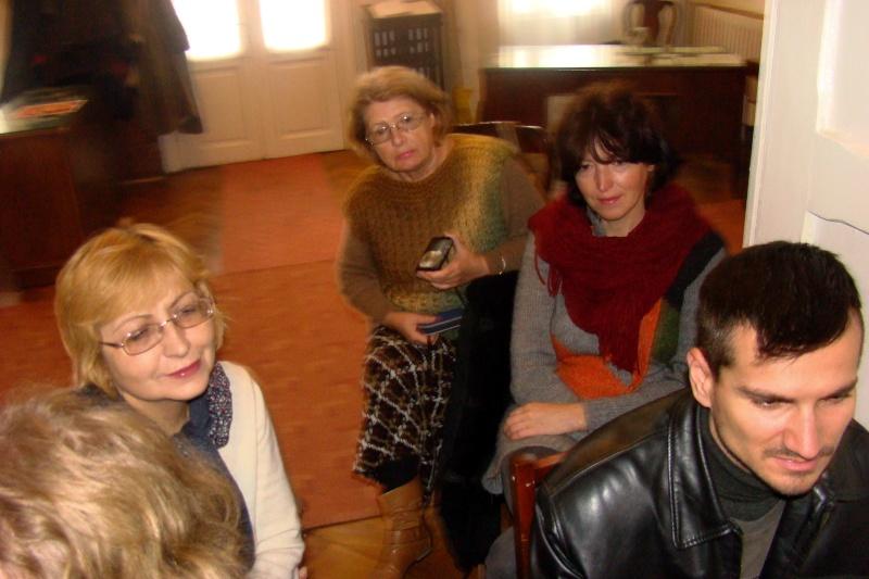 """Lansare """"Anonim pe ringul adolescenţei"""" de Liviu MIRON şi """"Reflecţii"""" de Vasilica Ilie-08 dec 2012 Lansa138"""