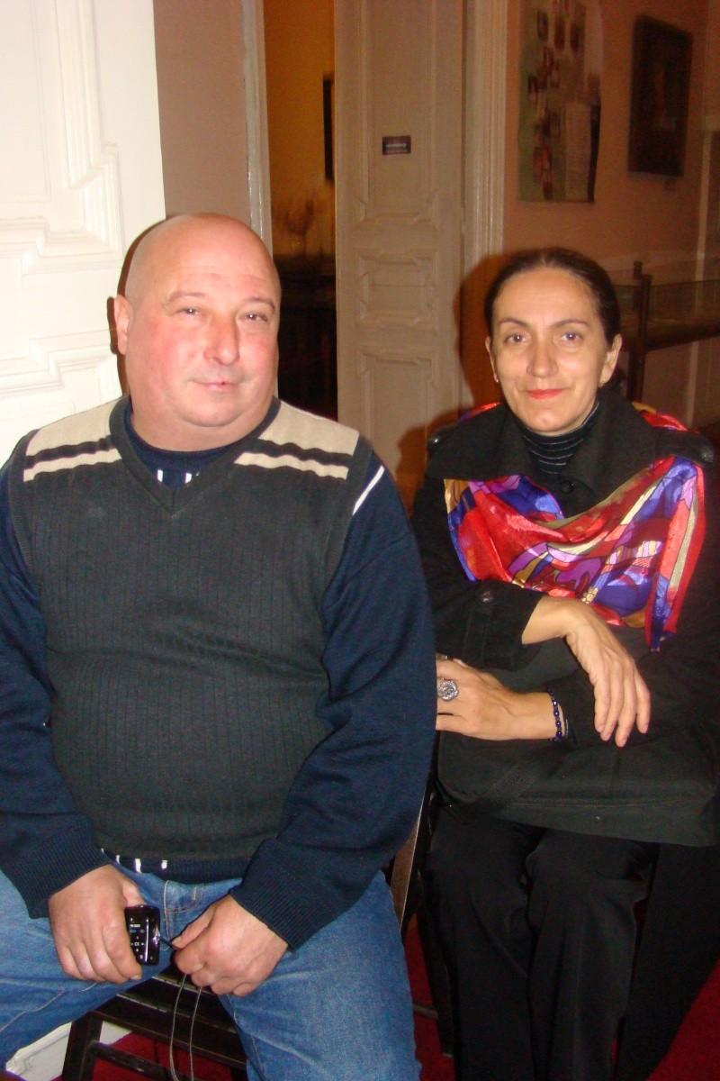 """Lansare """"Anonim pe ringul adolescenţei"""" de Liviu MIRON şi """"Reflecţii"""" de Vasilica Ilie-08 dec 2012 Lansa140"""