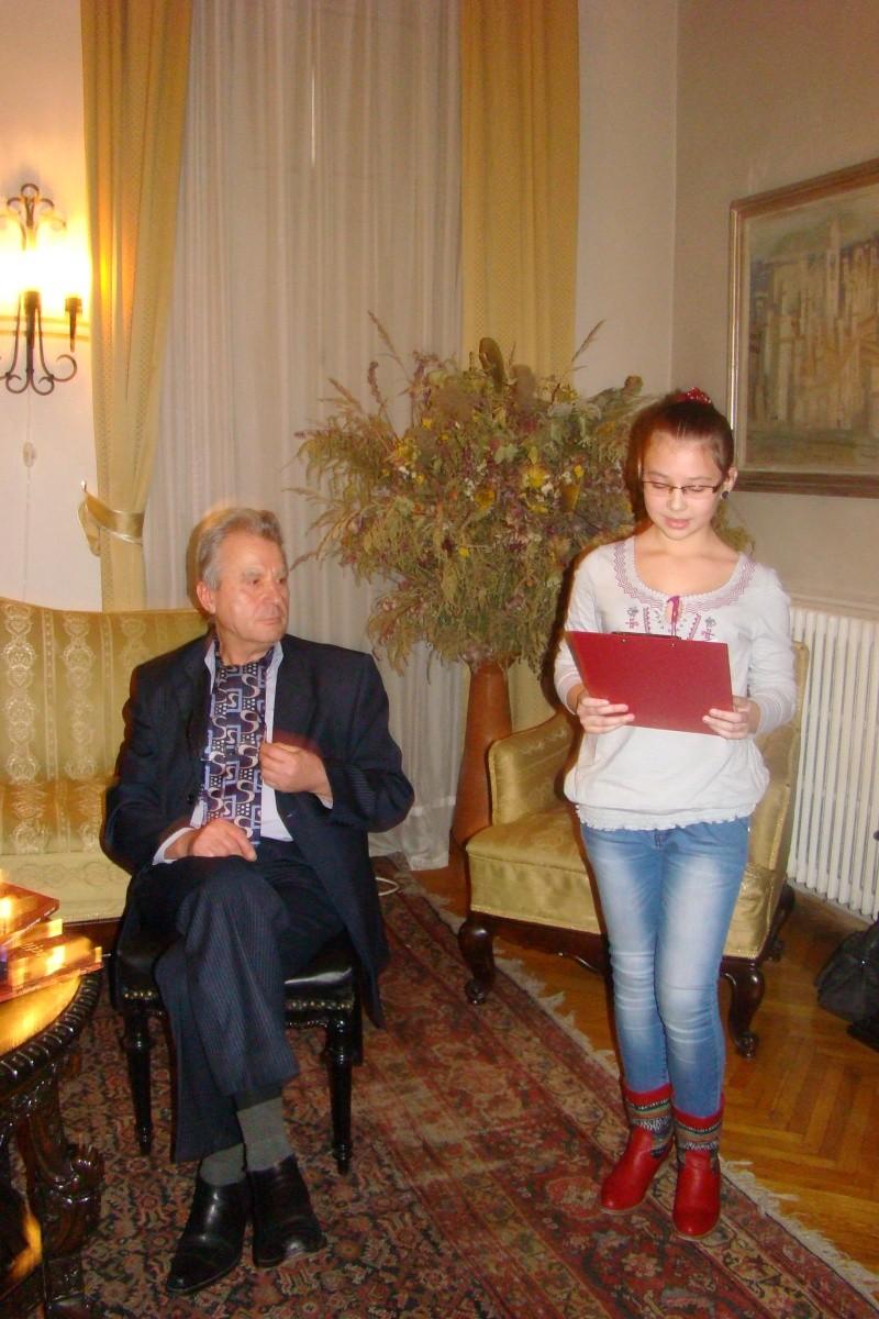 """Lansare """"Anonim pe ringul adolescenţei"""" de Liviu MIRON şi """"Reflecţii"""" de Vasilica Ilie-08 dec 2012 Lansa149"""