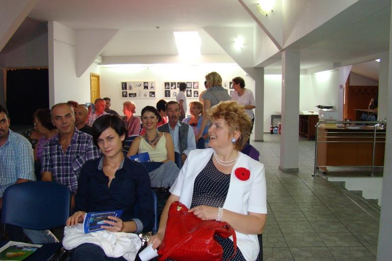 Şedinţa a XVII-a Cenaclului U.P.-Lansare de carte-Ovidiu Raul Vasiliu-22 sept 2011 Lansar33