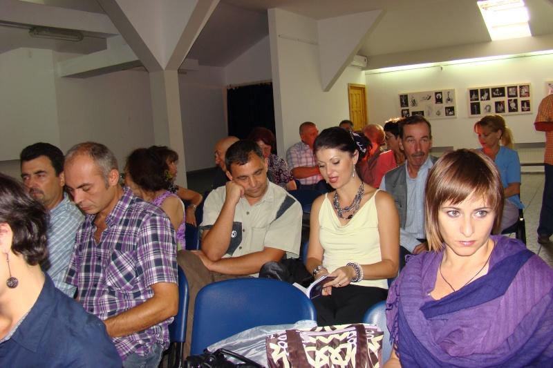 Şedinţa a XVII-a Cenaclului U.P.-Lansare de carte-Ovidiu Raul Vasiliu-22 sept 2011 Lansar34