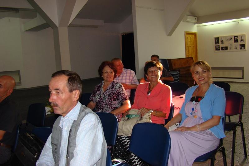 Şedinţa a XVII-a Cenaclului U.P.-Lansare de carte-Ovidiu Raul Vasiliu-22 sept 2011 Lansar35