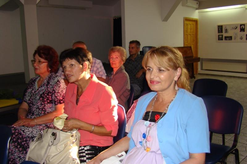 Şedinţa a XVII-a Cenaclului U.P.-Lansare de carte-Ovidiu Raul Vasiliu-22 sept 2011 Lansar36