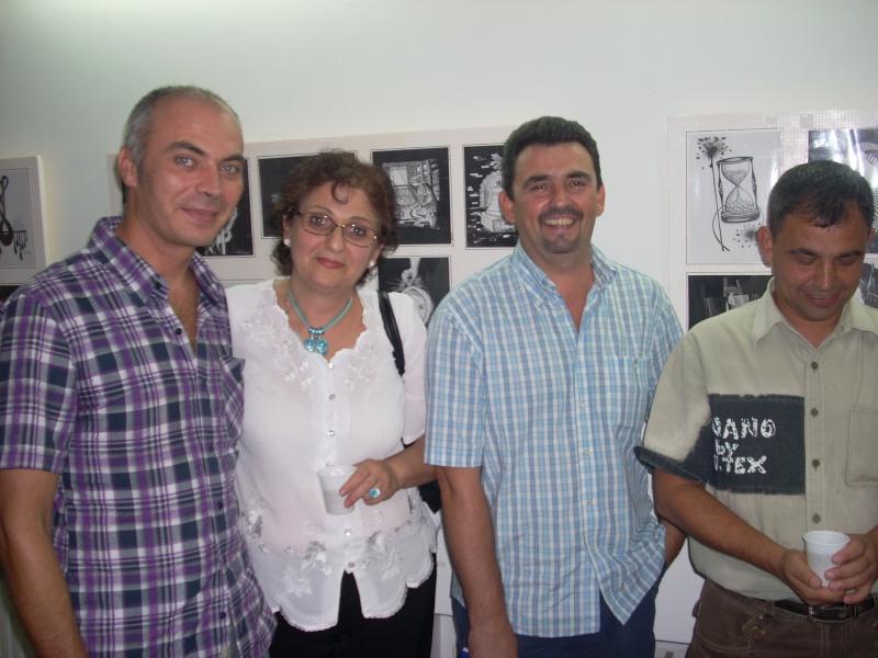Şedinţa a XVII-a Cenaclului U.P.-Lansare de carte-Ovidiu Raul Vasiliu-22 sept 2011 Lansar46