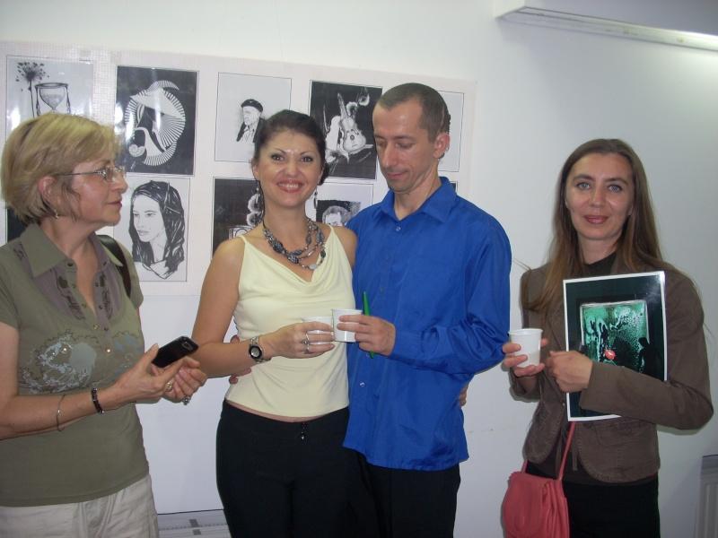 Şedinţa a XVII-a Cenaclului U.P.-Lansare de carte-Ovidiu Raul Vasiliu-22 sept 2011 Lansar49