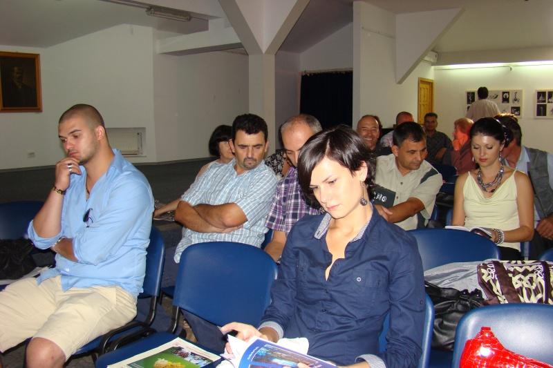 Şedinţa a XVII-a Cenaclului U.P.-Lansare de carte-Ovidiu Raul Vasiliu-22 sept 2011 Lansar58