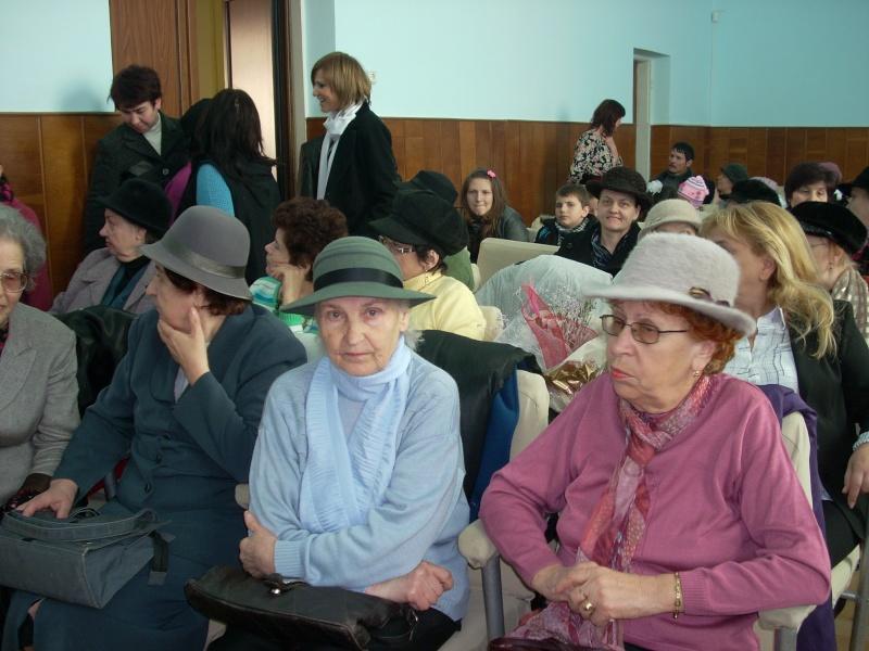 """Lansare de carte """"Anotimpul Visului""""-Olina Petrov-03 dec 2011 Lansar77"""