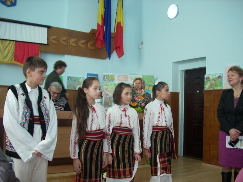 """Lansare de carte """"Anotimpul Visului""""-Olina Petrov-03 dec 2011 Lansar83"""