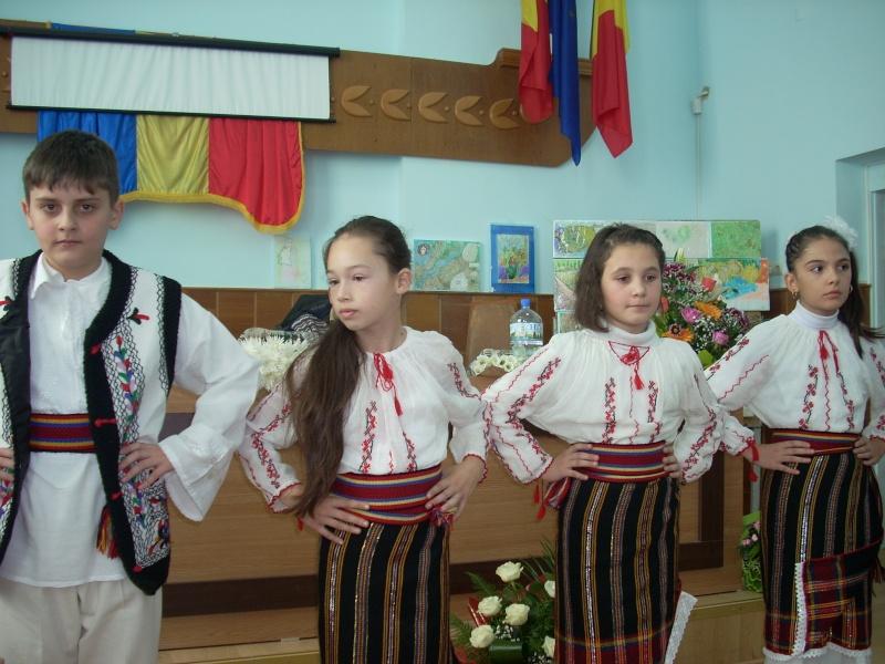 """Lansare de carte """"Anotimpul Visului""""-Olina Petrov-03 dec 2011 Lansar84"""