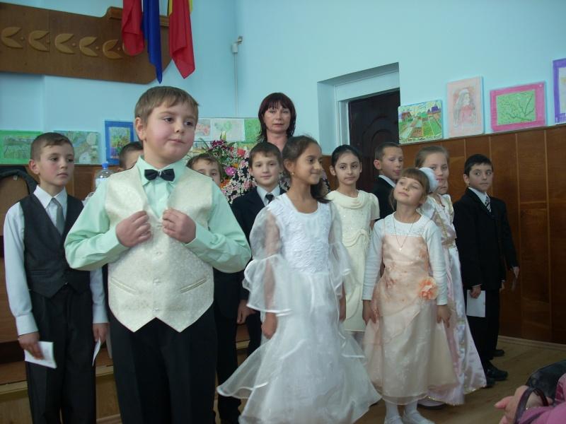 """Lansare de carte """"Anotimpul Visului""""-Olina Petrov-03 dec 2011 Lansar85"""