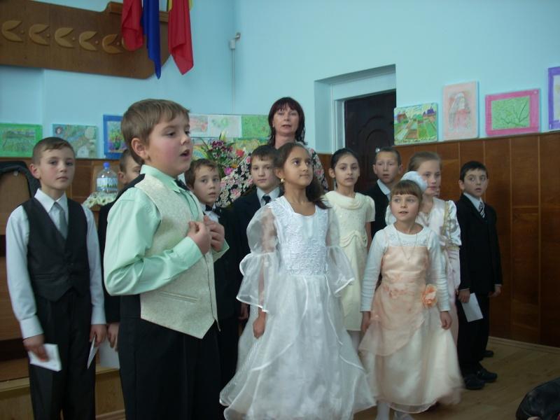 """Lansare de carte """"Anotimpul Visului""""-Olina Petrov-03 dec 2011 Lansar86"""