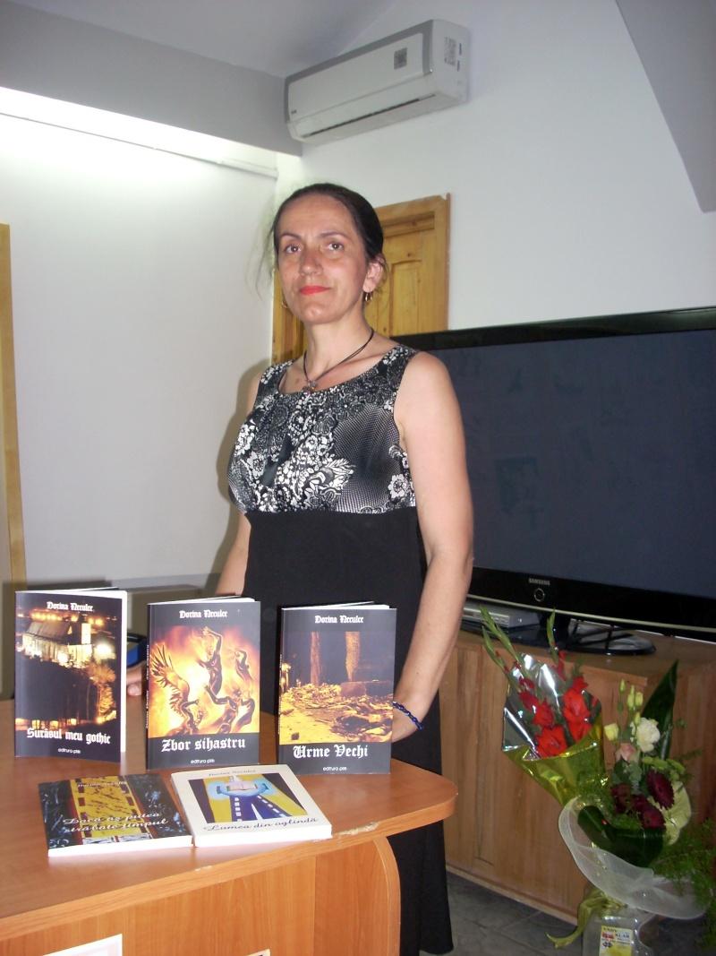 Lansare de cărţi - poezie gotică - Dorina NECULCE-11 mai 2012 Lansar93