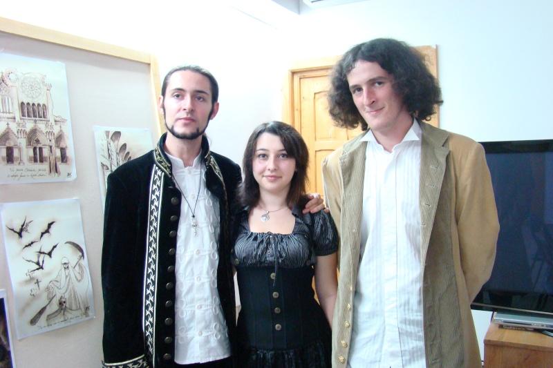 Lansare de cărţi - poezie gotică - Dorina NECULCE-11 mai 2012 Lansar98