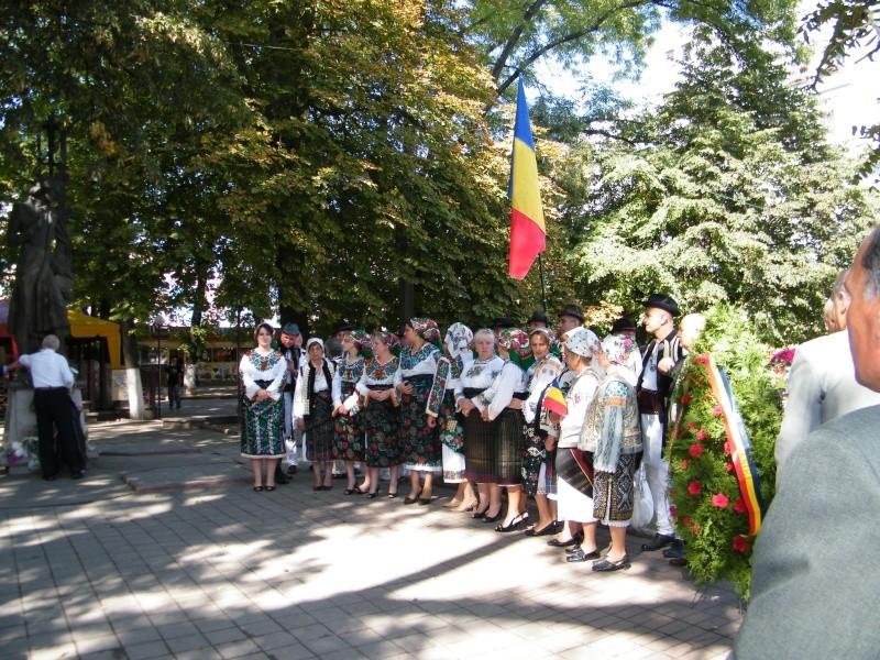 LIMBA NOASTRĂ CEA ROMÂNĂ Chişinău-31 august 2011 si Cernăuţi 10 sept 2011 Limba_12