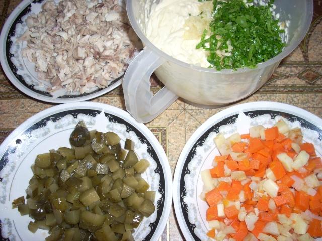 Gustări  şi  aperitive Mancar35