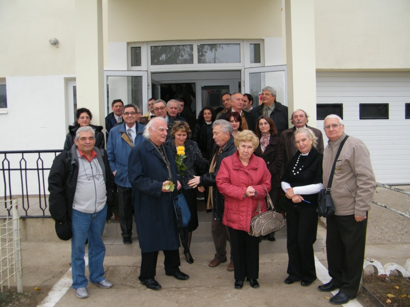 """ZIUA ŞCOLII """"DUMITRU POPA"""" Mogoşeşti-Iaşi-22 octombrie 2011 Mogose10"""