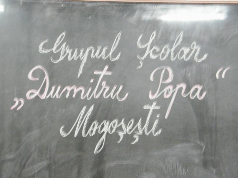 """ZIUA ŞCOLII """"DUMITRU POPA"""" Mogoşeşti-Iaşi-22 octombrie 2011 Mogose12"""