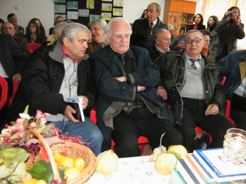 """ZIUA ŞCOLII """"DUMITRU POPA"""" Mogoşeşti-Iaşi-22 octombrie 2011 Mogose13"""