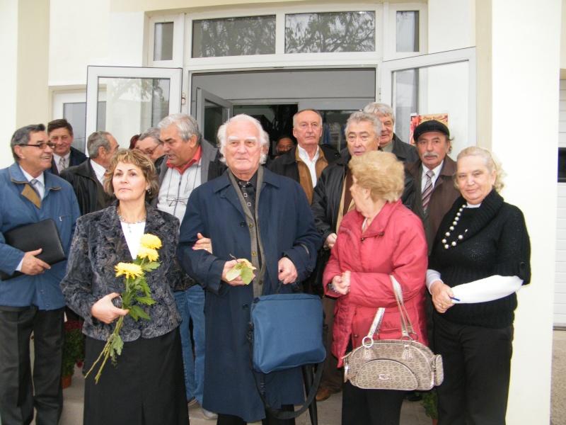 """ZIUA ŞCOLII """"DUMITRU POPA"""" Mogoşeşti-Iaşi-22 octombrie 2011 Mogose14"""
