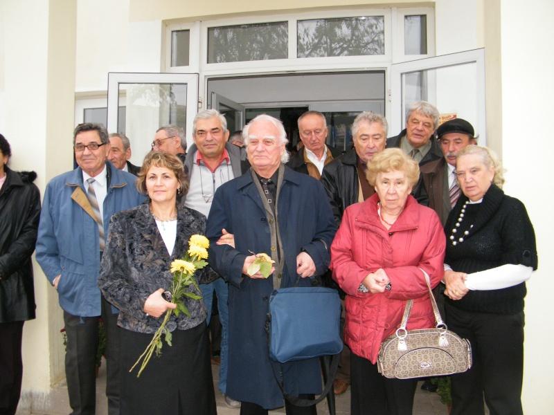 """ZIUA ŞCOLII """"DUMITRU POPA"""" Mogoşeşti-Iaşi-22 octombrie 2011 Mogose15"""